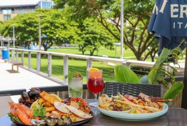 Lunch on the Darwin Waterfront.